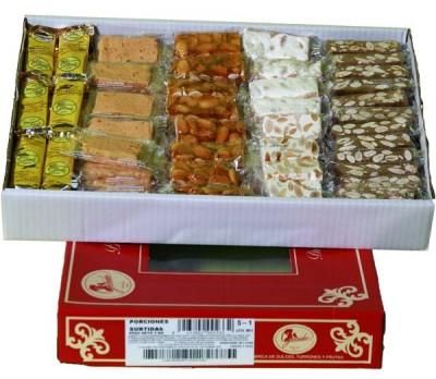 Caja de turrones surtidos: Chocoalmendra, Duro, Jijona Guirlache y Crujiente